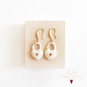 boucles-d'oreilles-en-porcelaine-coeur-cadenas-CDA petites Choses