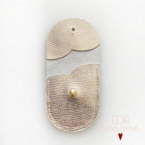 mini-pochette-embossé galuchat-or-CDA Petites Choses