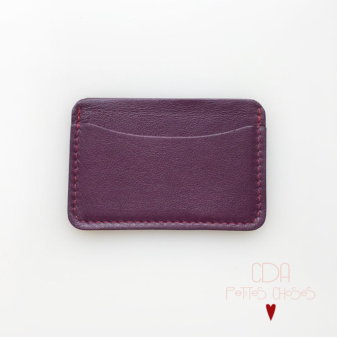 porte-carte-double-en-cuir-violet-fonce-1 CDA Petites Choses
