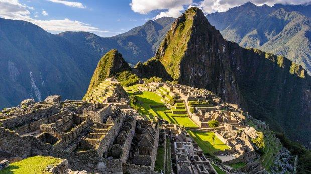 [Carlos Erik Malpica Flores]: Peru