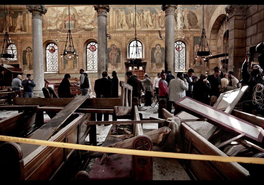 Así quedó la iglesia copta tras ataque terrorista en El Cairo