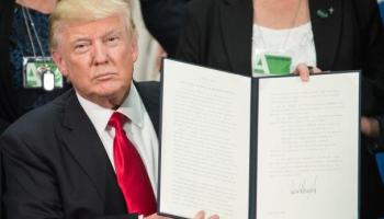 Trump: Cinco puntos claves de sus decretos sobre la inmigración