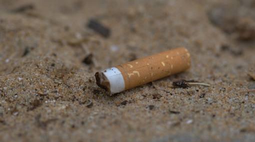 Resultado de imagen para imagenes de colillas de cigarrillo