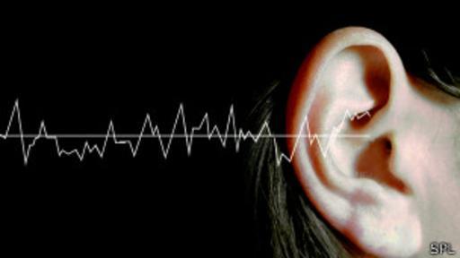 El sueño es crear un artilugio que pase inadvertido pero transmita ondas sonoras.