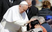 Papa Francisco anuncia que la nulidad matrimonial será gratuita