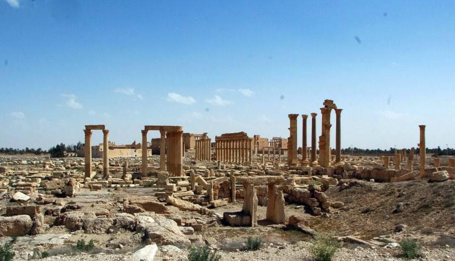 Resultado de imagen para fuerzas sirias recuperan a palmira imagenes