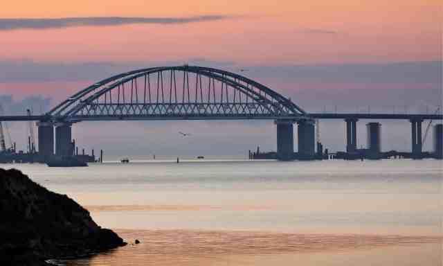 ukraine crimea bridge.jpg