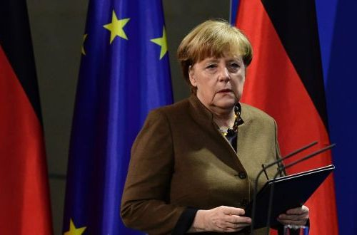Angela Merkel under pressure in view of migration agency scandal