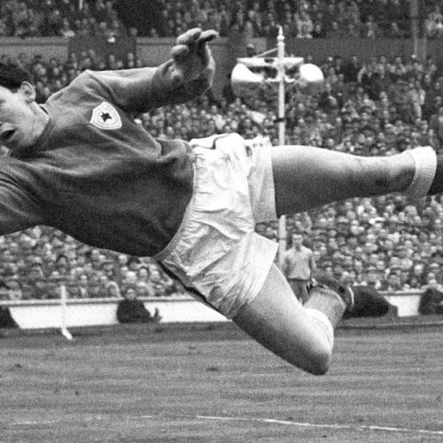 Gordon Banks, England's World Cup winning Goalkeeper dies aged 81