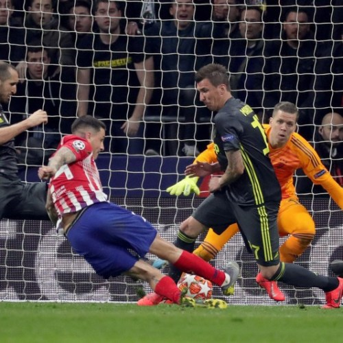 Atletico Madrid and Manchester City leave it for late