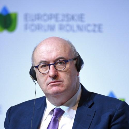 UK's no-deal Brexit tariff plan 'illegal' under WTO rules – EU Irish Commissioner