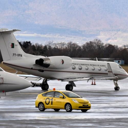 Algerian President's plane returns to Geneva