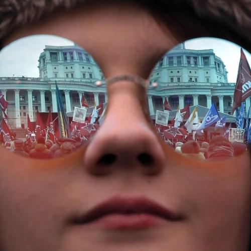 Photo Story – Russians demand change