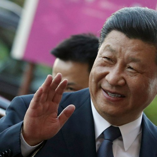 China's Xi heads to France