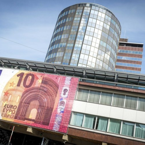 Euro zone remains at risk – IMF