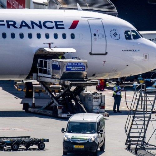 Fire on an Air France aircraft at Florence airport