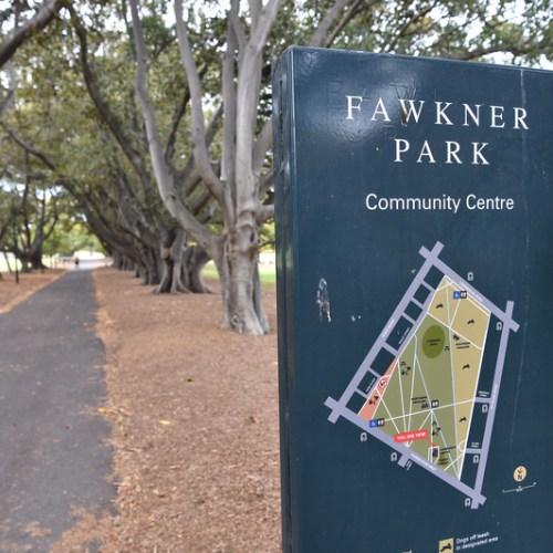 Man shot dead in popular Melbourne park