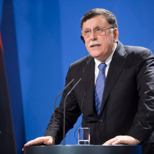 Libyan PM Sarraj warns that 800,000 migrants are set to try reach Europe
