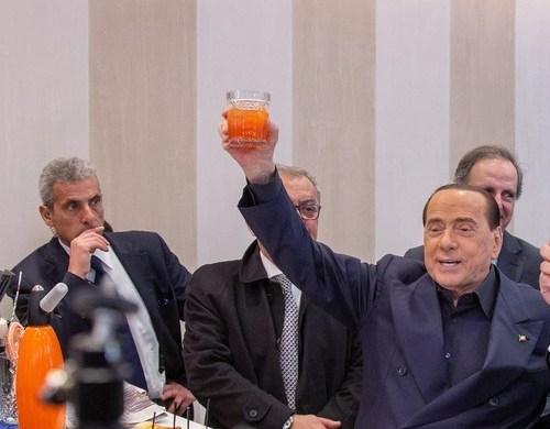 Berlusconi ready to leave hospital