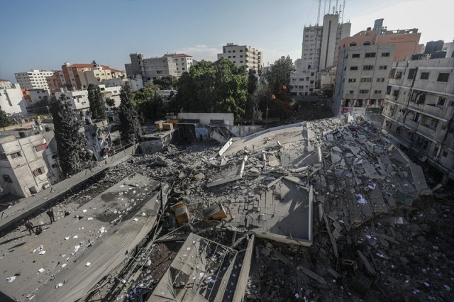 Israeli air strikes and tank fire hit Palestinian territory