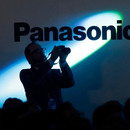 Panasonic halts component shipments to Huawei