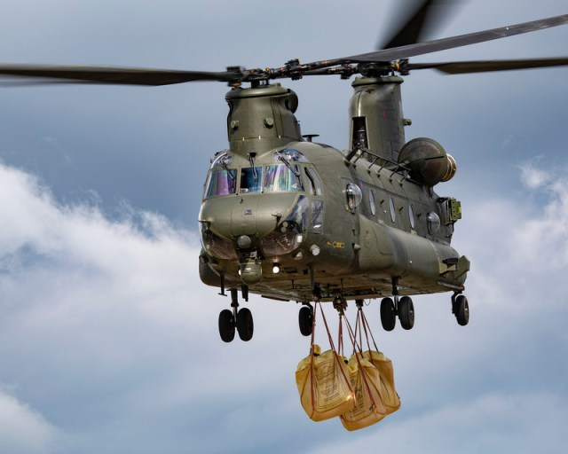 RAF help with Lincolnshire flood relief