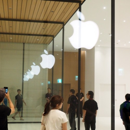 Apple's stock takes an $8 billion hit after the news that design chief Jony Ive will be leaving the company