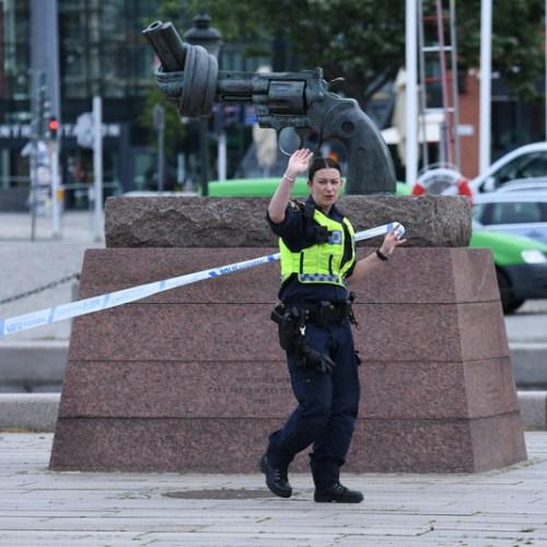 Swedish Police shoot man at Malmo central station