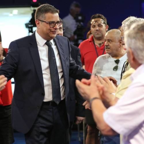 Adrian Delia appeals for PN members to set divisions aside and 'make it right'