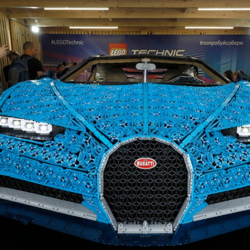 Photo story: The Lego Bugatti Chiron is presented in Moscow