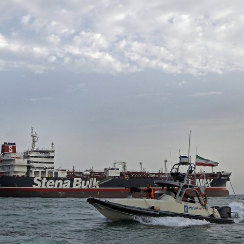 Oman tries to negotiate solution in Iranian tanker crisis