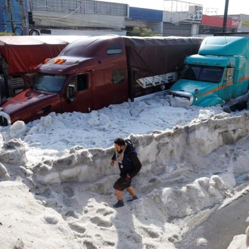 Photo Story: Ice 1.5m thick carpets Mexico's Guadalajara