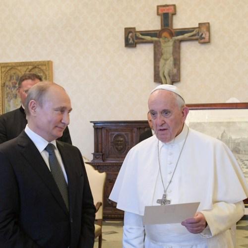 Pope Francis receives Vladimir Putin