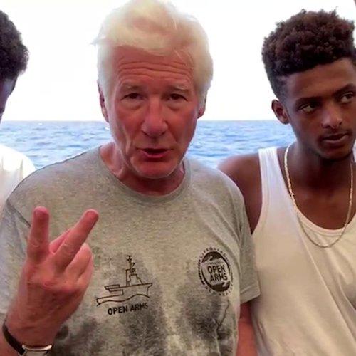 Richard Gere visits migrants stranded in the Mediterranean