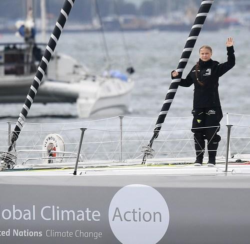 Swedish activist Greta Thunberg sails to New York