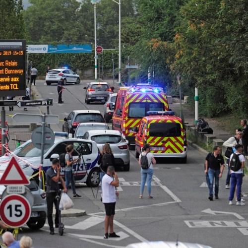 One dead, nine injured in knife attack in Lyon – Update