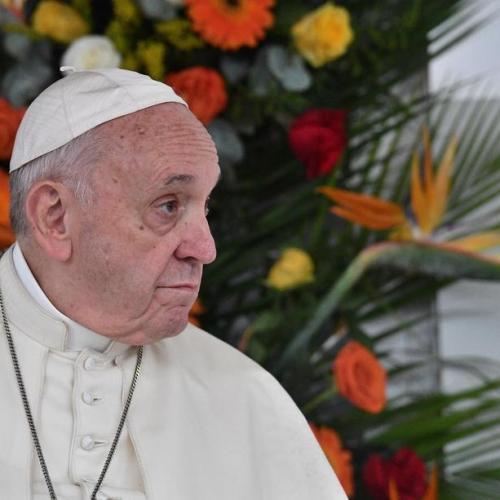 Pope ends Mozambique visit, denounces corrupt leaders