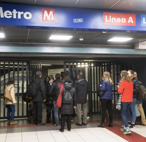 Chaos in Rome metro due to technical faults