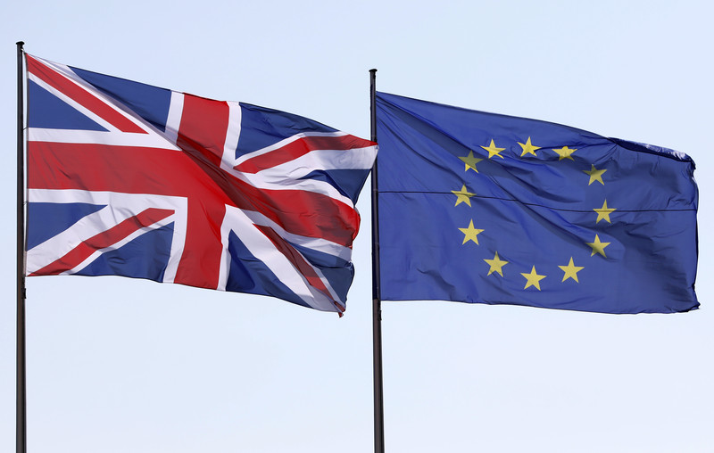 UK demands new deal on post-Brexit trade for N.Ireland