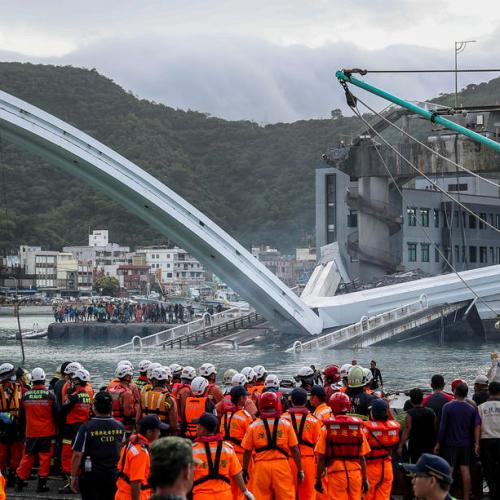 Bridge collapses in Taiwan, leaving 10 people injured, 2 dead