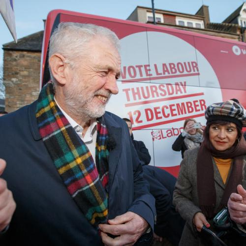 Labour pledges free broadband for all homes and firms in UK