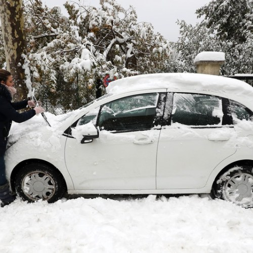 Sudden snowstorm leaves one dead, many without electricity in southeast France
