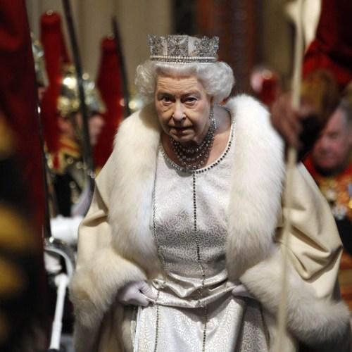 Queen Elizabeth will no longer wear fur