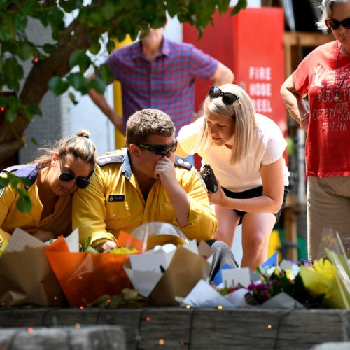 Australian PM apologises for holiday as firefighters die in bushfire