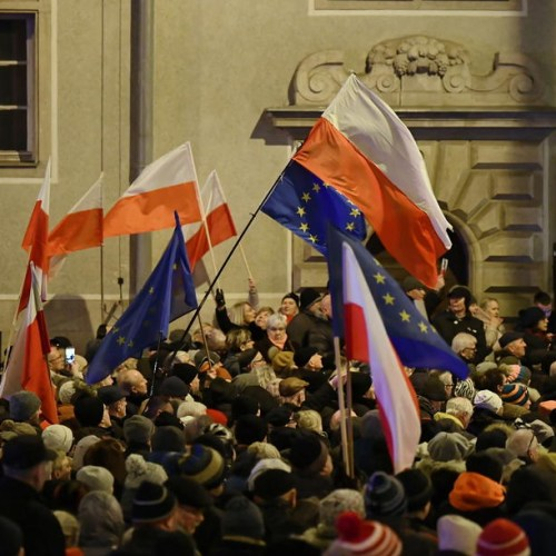 Thousands take to the streets in Poland to oppose planned government control over the judiciary