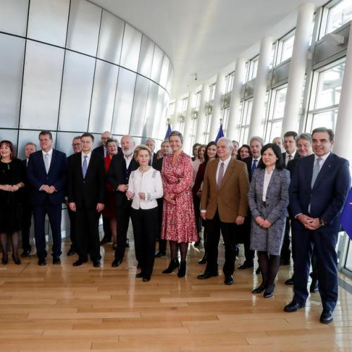 Photo Story: First weekly college meeting of the new European Commission