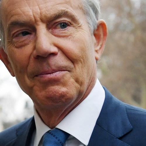 Tony Blair warns Labour 'marooned on fantasy island'