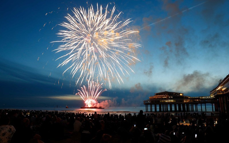 Fireworks further out of favour, more people back local bans