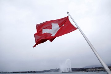 Swiss industrial outlook at most positive level in 15 years – PMI data