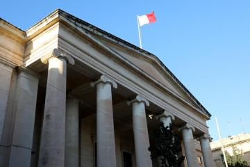 Four Nexia BT officials indicted for financial crimes; money traced from Kasco Group / Malta News Briefing – Thursday 15 April 2021